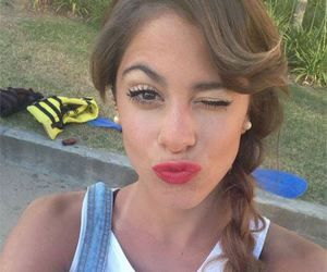 violetta and martina stoessel image