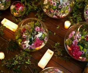 centerpiece and table-scape image