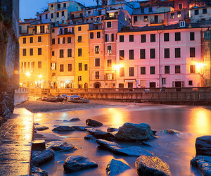 vernazza and italy image
