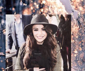 background and cher lloyd image