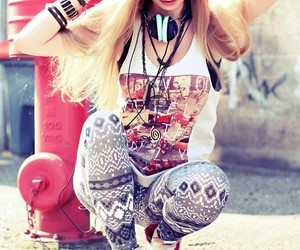 awesome, girl, and leggings image