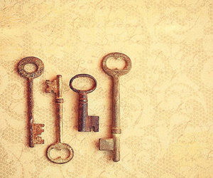 key, antique, and lace image