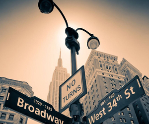 broadway, paradise, and chic image