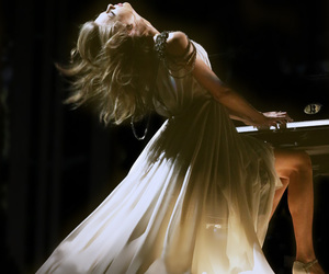 Taylor Swift, grammys, and taylor image