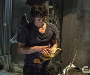 books, the cw, and the 100 image