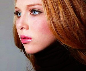 molly quinn and castle image
