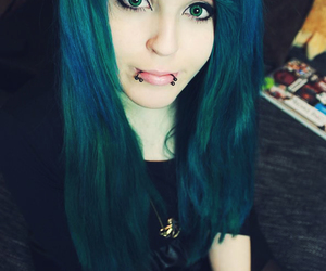 blue hair, emo, and eyeliner image
