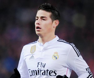 real madrid, add more tags, and footballer image