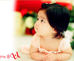 asian, baby, and daughter image