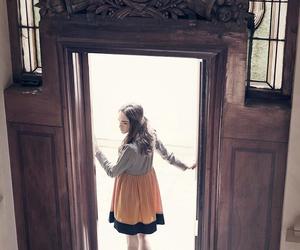 dress, fashion, and twiggy image