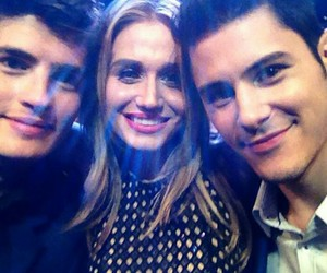 faking it, pca, and gregg sulkin image