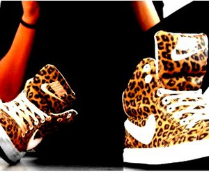 awww, good style, and leopard image