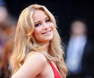 Jennifer Lawrence, smile, and blonde image