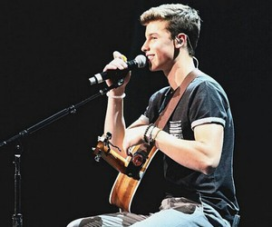 shawn mendes, magcon, and guitar image