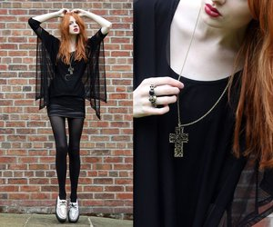 fashion, black, and red hair image