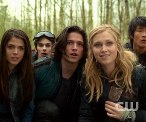 the 100, finn, and jasper image
