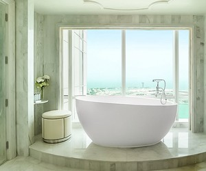 bath, luxury, and candles image