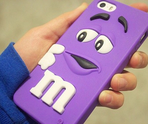 iphone and m&m image