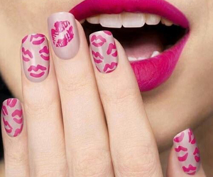 nails, pink, and kiss image