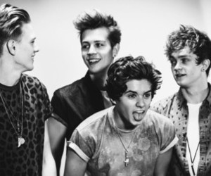 the vamps, brad, and tristan evans image