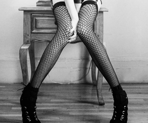 black and white, Taylor Momsen, and legs image