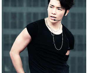 beautiful, donghae, and sexy image