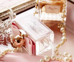 perfume, dior, and pink image