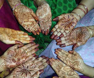 hands, henna tattoos, and india image