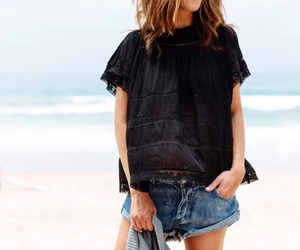 chic, relaxed, and style image