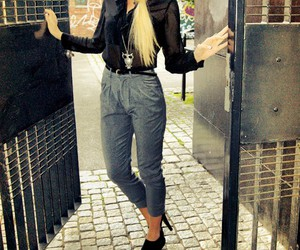blone, fashion, and girl image