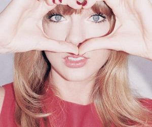 Taylor Swift, heart, and red image