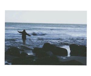 sea and tumblr image
