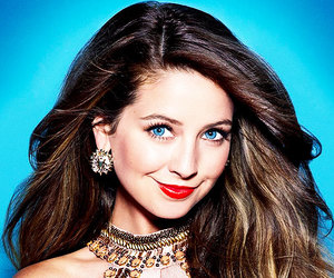 zoe sugg and youtuber image
