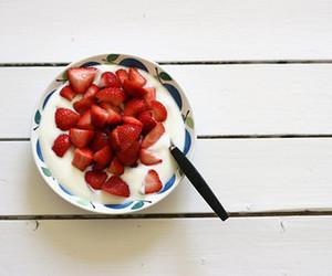 strawberry, food, and cream image