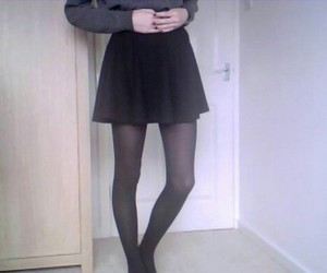 pale, grunge, and skirt image
