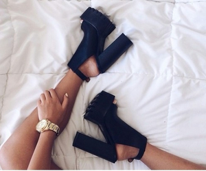 fashion, love, and highheels image