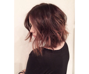 hair, short hair, and acacia brinley image