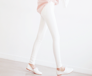 korean fashion, pink, and shoes image