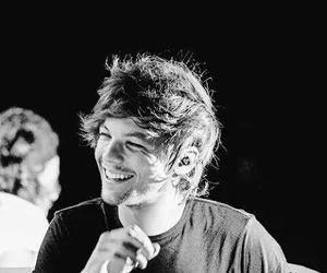 b&w, smile, and tommo image