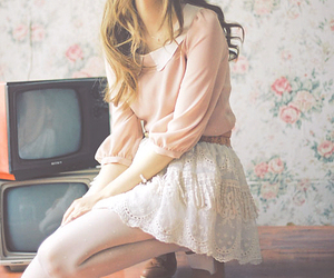 fashion, girl, and vintage image