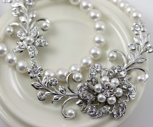 pearls, beautiful, and fashion image
