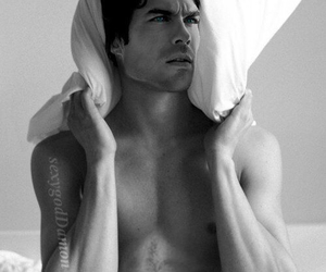 ian somerhalder, the vampire diaries, and sexyyyy image