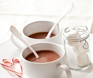 marshmallows and hotchocolate image