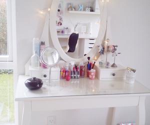 Schminktisch Dekorieren makeup desk discovered by karoline straarup on we it
