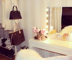 fashion, room, and makeup image