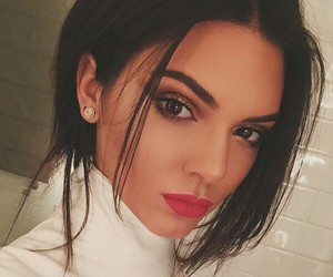 Kendall, money, and red lips image