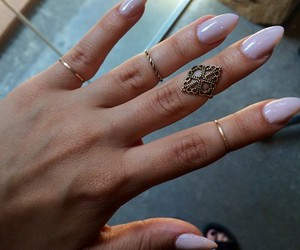 beautiful, nails, and girl image