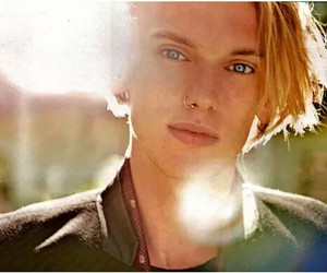 blue eyes, Hot, and Jamie Campbell Bower image