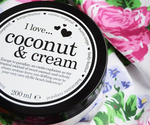 coconut, cream, and lotion image