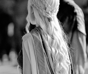 game of thrones, daenerys targaryen, and hair image